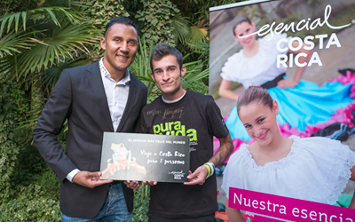 "Keylor Navas, tourist Ambassador of Costa Rica in Spain, invites to visit Costa Rica to ""the happiest fan in the world"" and presents the new Condé Nast Traveler monograph"