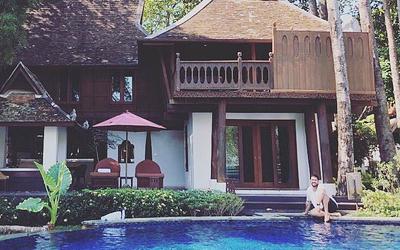 Antonio  Orozco desconecta unos días en Tailandia de la mano de The Blueroom Project