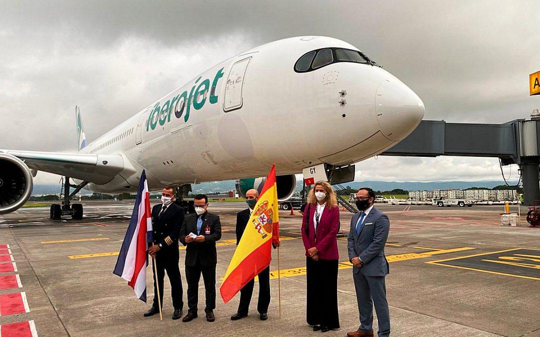 Iberojet inaugura nueva ruta directa entre España y Costa Rica